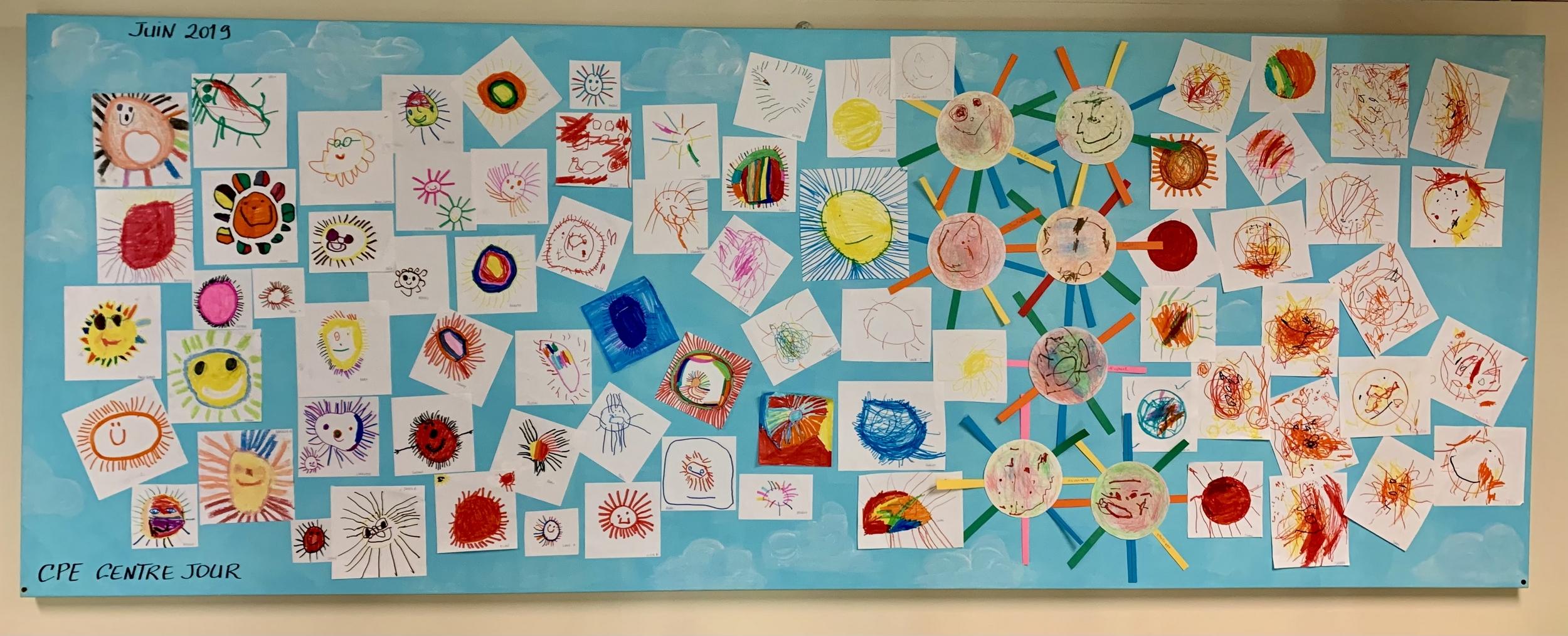 Murale des soleils du CPE Centre Jour